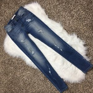 KanCan Distressed Jeans Size 25